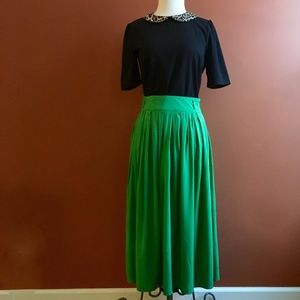COTTON CANDY Rayon Green Accordion Skirt Size M